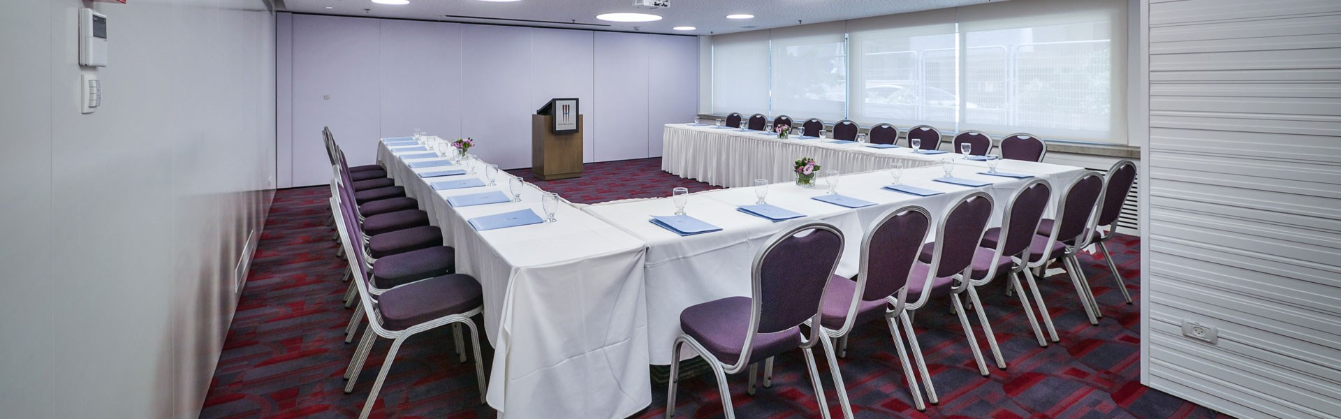 Meeting room in Metropolitan Hotel