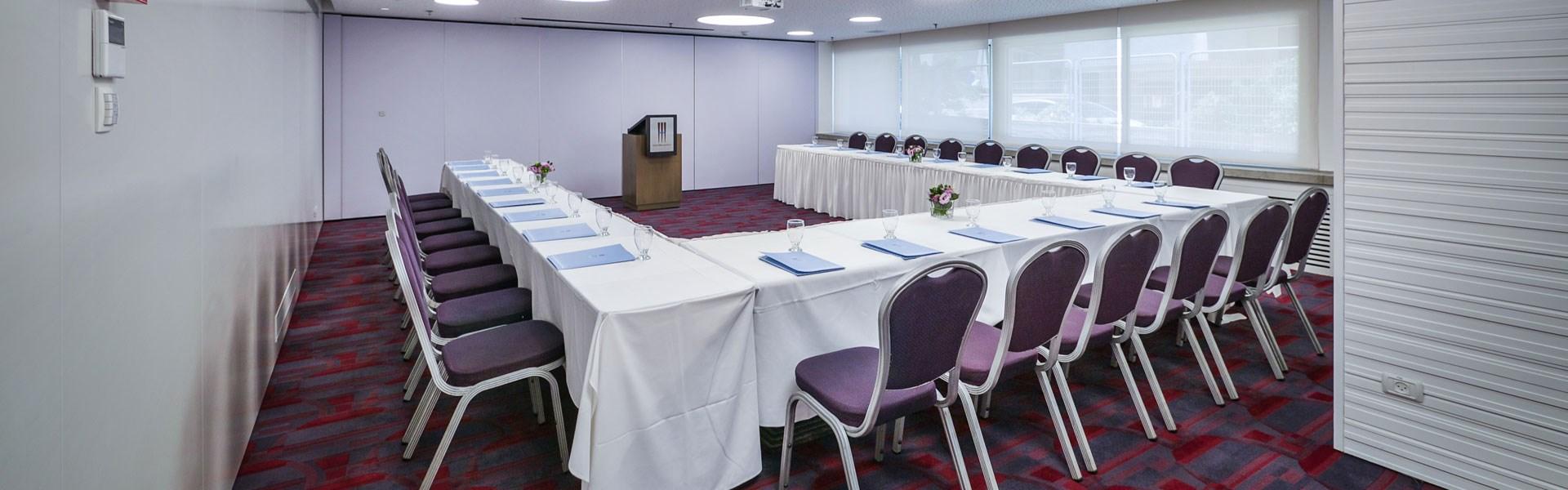 Meeting room in Metropolitan Hotel