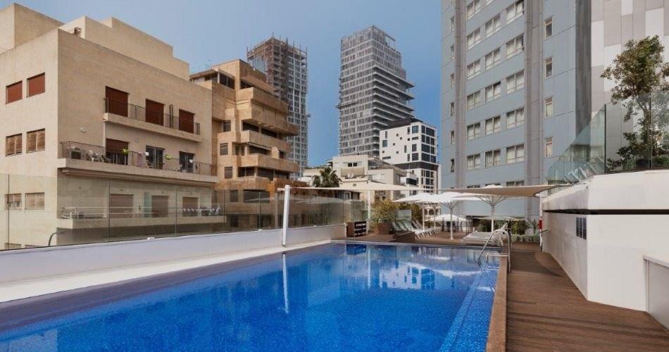 Rooftop Pool -Metropolitan Hotel Tel Aviv